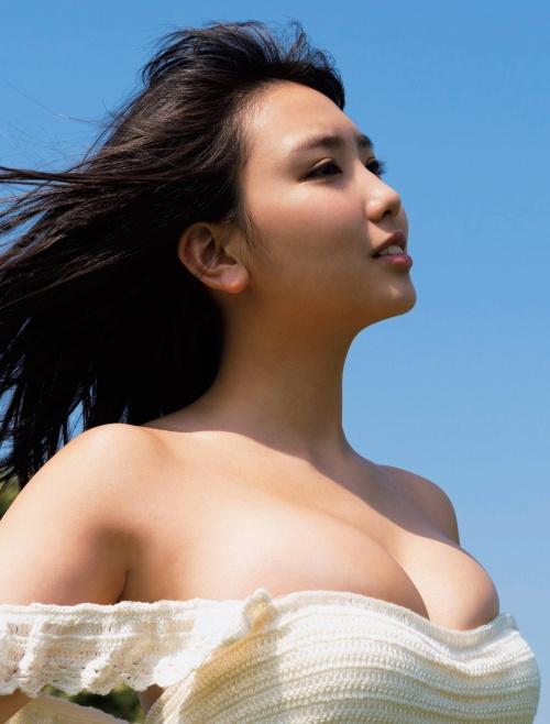 沢口愛華の爆乳おっぱいの画像68