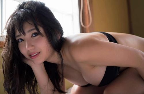 沢口愛華の爆乳おっぱいの画像93
