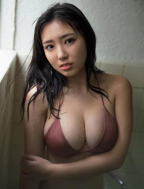 沢口愛華の爆乳おっぱいの画像100