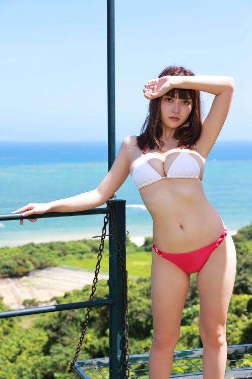 櫻井音乃の形が綺麗で色白の巨乳おっぱいのグラビア画像13