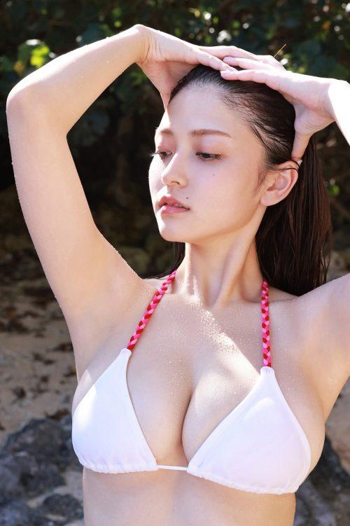 櫻井音乃の形が綺麗で色白の巨乳おっぱいのグラビア画像14
