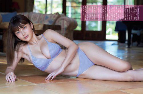 櫻井音乃の形が綺麗で色白の巨乳おっぱいのグラビア画像3