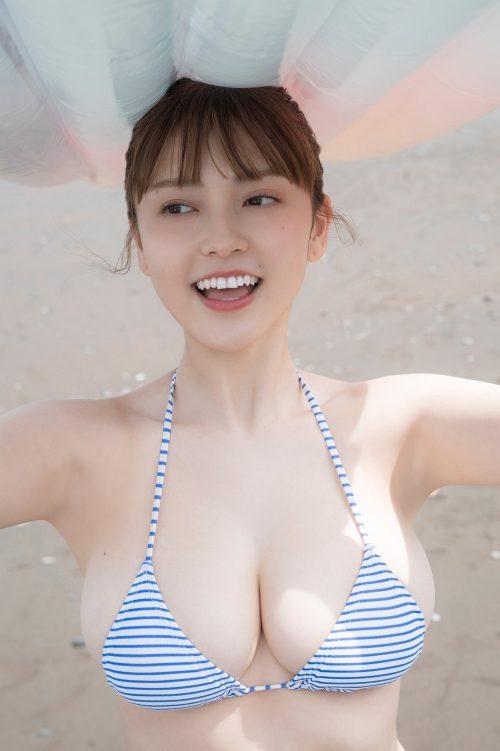 櫻井音乃の柔らかい色白爆乳おっぱいの画像13