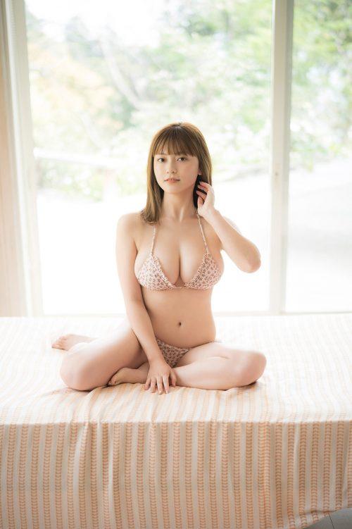 櫻井音乃の柔らかい色白爆乳おっぱいの画像37