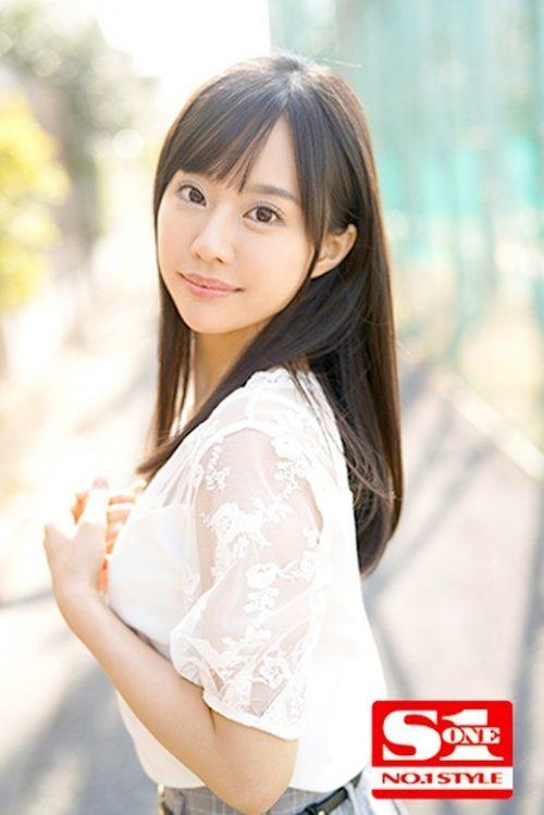 広瀬蓮のかわいいおっぱい画像3