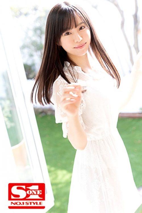 広瀬蓮のかわいいおっぱい画像4