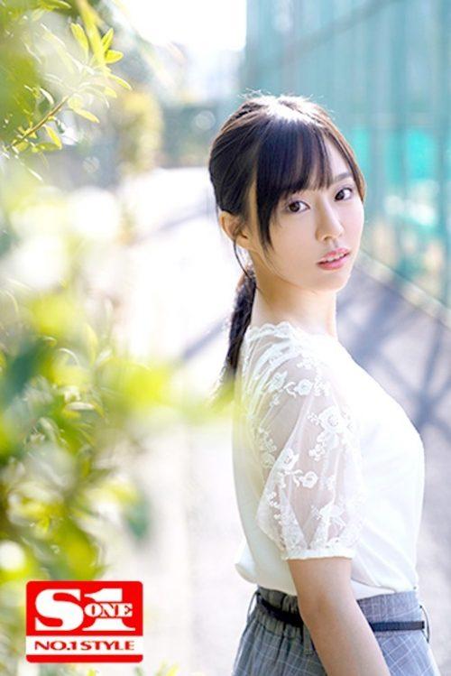 広瀬蓮のかわいいおっぱい画像5