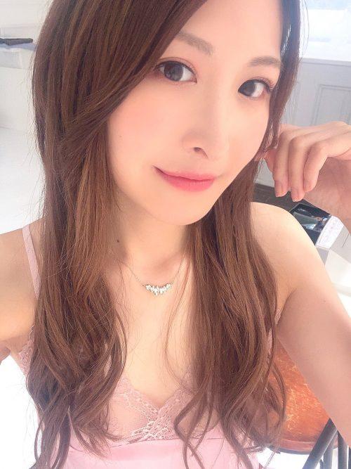 神菜美まいの女子アナ級に綺麗な顔の画像23