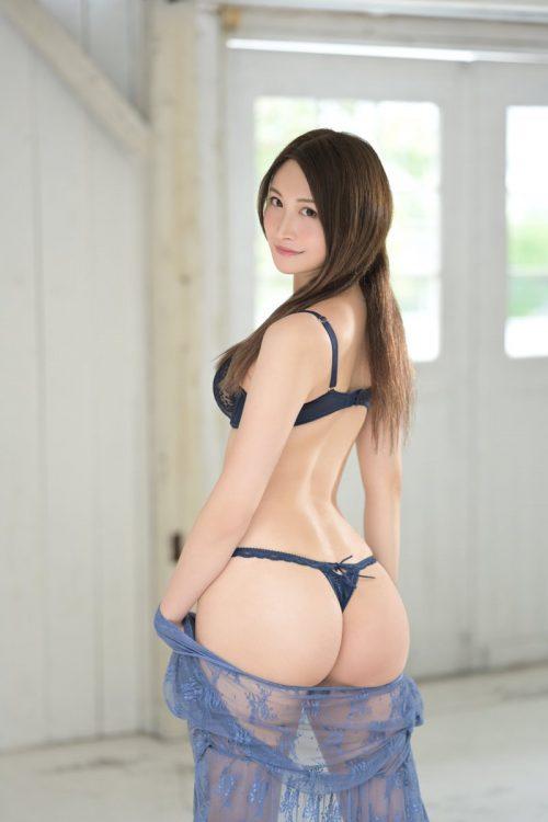 神菜美まいの女子アナ級に綺麗な顔の画像25