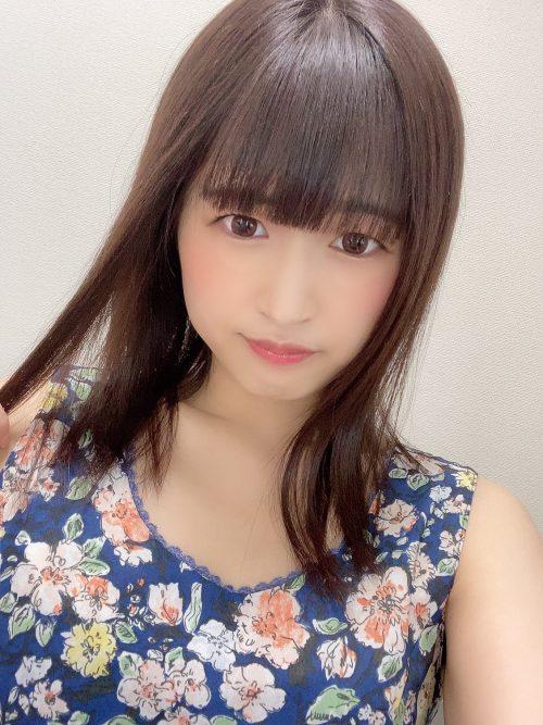仲村りおの可愛い丸顔と綺麗なDカップおっぱいの画像18